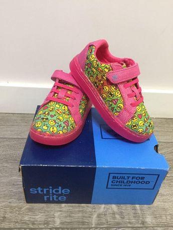 Светящиеся кроссовки/сникерсы Stride Rite 17 см, размер 25,5