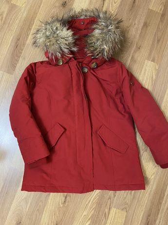 Продам куртку Zara( пух)