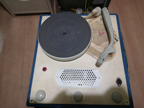 Gramofon bambino 1968r.