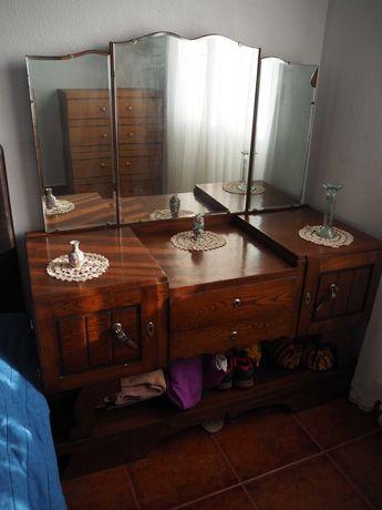 Cómoda/Toucador antigo com espelho