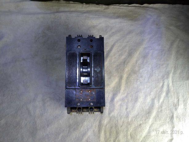 Автоматичний вимикач Автоматический выключатель