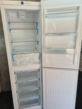 Новий Холодильник Miele KFN 29142 D 2020 рік 2м А++