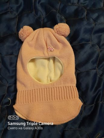 Детская тёплая шапочка на девочку