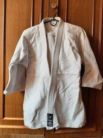 Продам кимоно  !!
