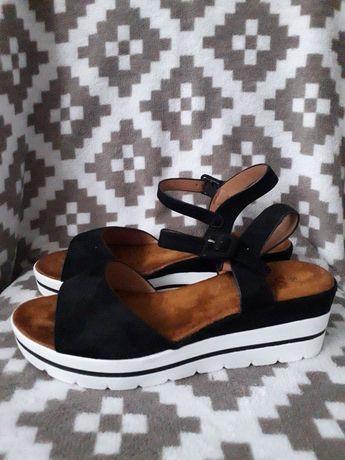 Nowe sandały roz 40