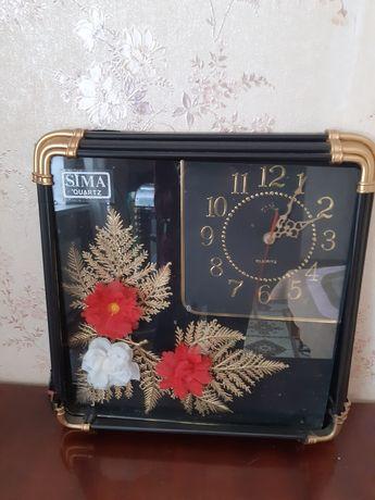 Часы 1990 годов