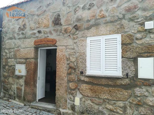 Em  Bendada concelho de Sabugal,moradia V2