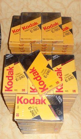 Видеокассеты 250 шт. + видеомагнитофон.