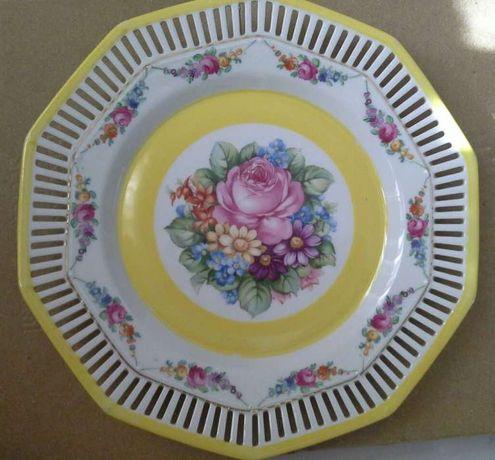 Prato de porcelana da Bavaria com marca