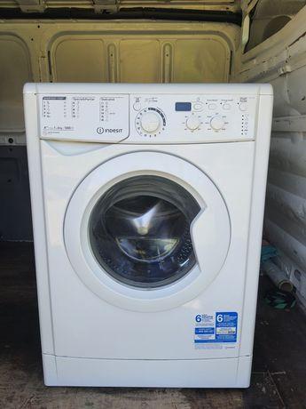 Máquina lavar Indesit
