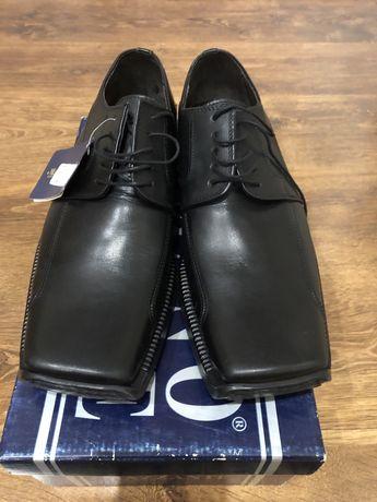 Шкіряні туфлі, 43