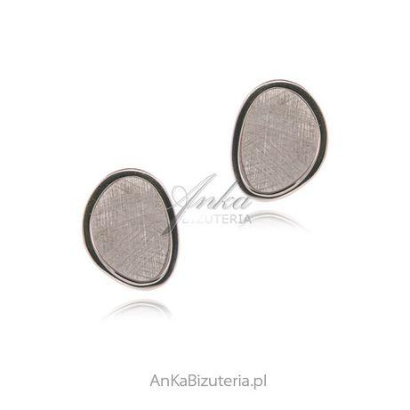 ankabizuteria.pl niezwykła biżuteria Srebrne kolczyki satynowane ELEG