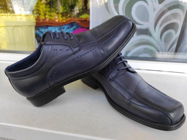 Buty. Pantofle. Komunia. 35. IDEALNE.