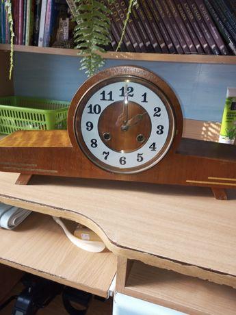 Zegar kominkowy ,stary,czasy Prlu