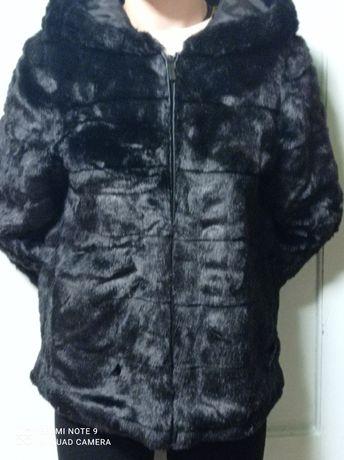 Куртка черная меховая