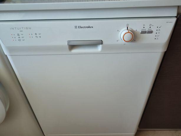 Máquina lavar louça Electrolux