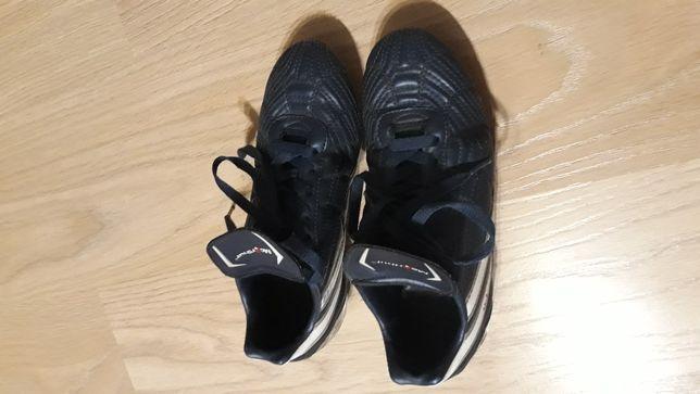 Sprzedam buty korki rozmiar 35