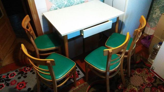 кухонний стіл та 4 стільці, стол и 4 стула, кухня, комплект