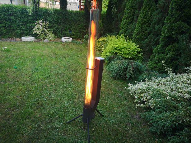 Parasol grzewczy promiennik ogrodowy na pellet palenisko ogrodowe.
