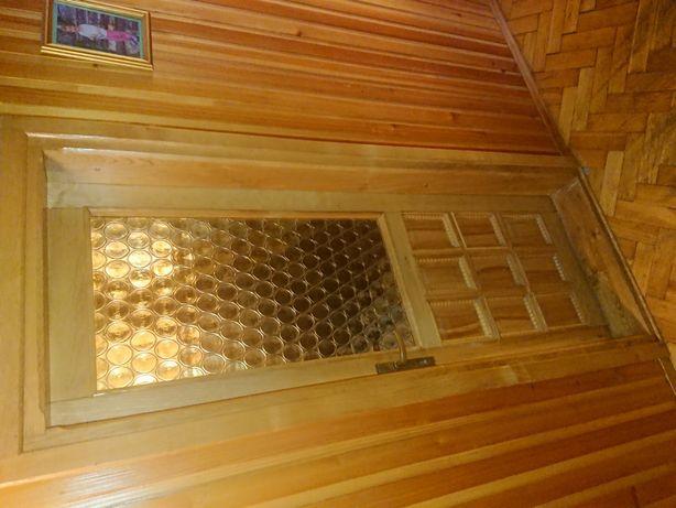Drzwi drewniane z futrynami jesion