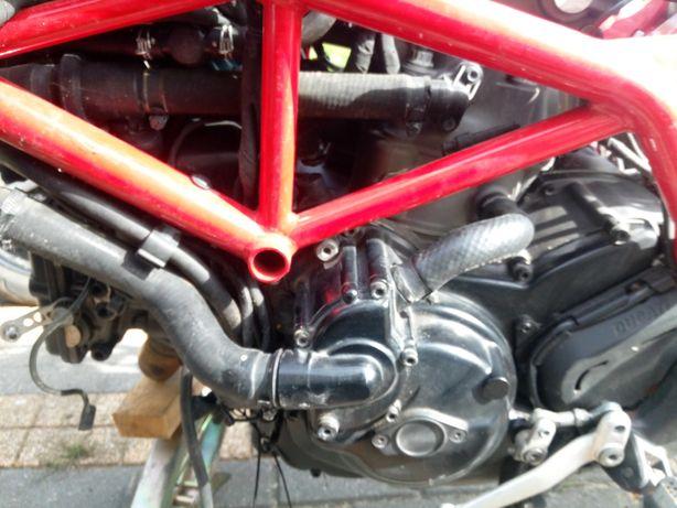 Ducati hypermotard hyperstrada monster 821 silnik wahacz rama felga