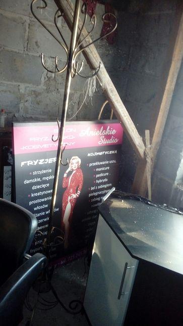 Sprzedam reklamy salonu fryzjerskiego