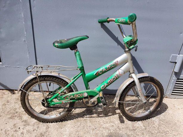 Продам детский велосипед Салют R16