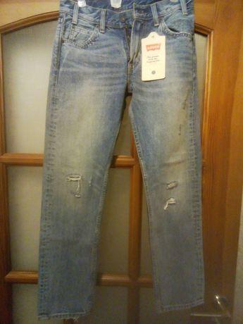 Продам новые оригинальные джинсы Levi's