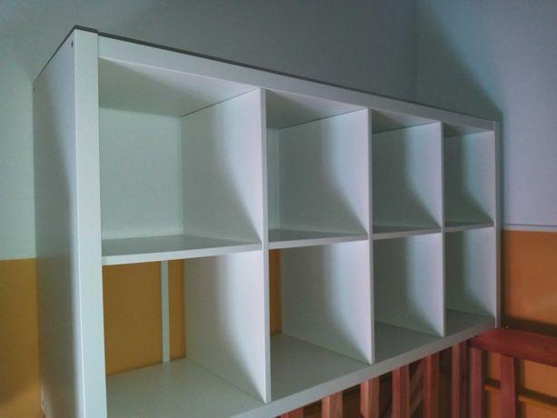 Półka na książki...