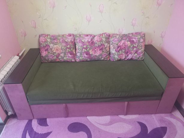 Кровать-диван б/у