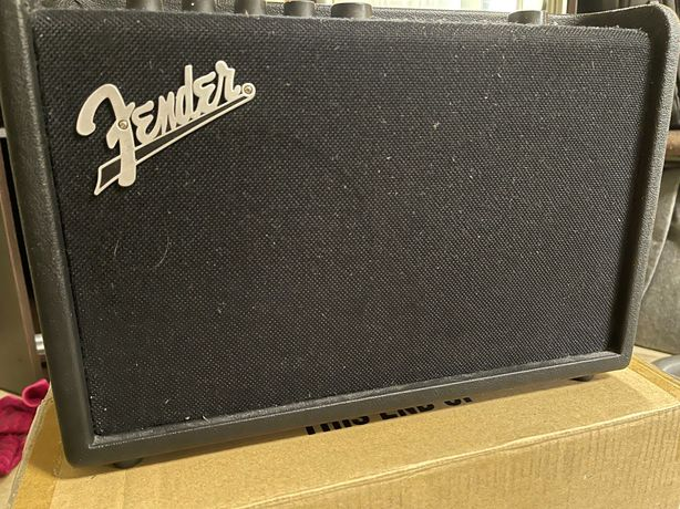 Fender Mustang GT40 + Footswitch