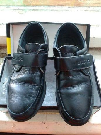 черные туфли для мальчика 27 р.