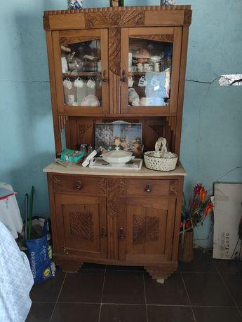 Louceiro antigo de cozinha  muito bonito