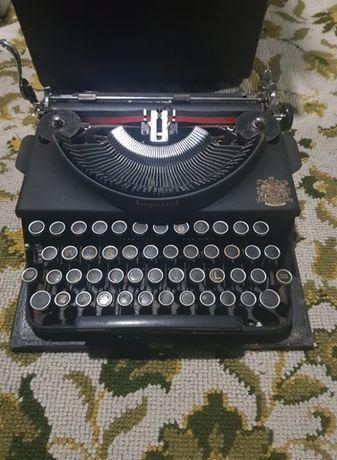 Máquina de escrever antiga Imperial com caixa de transporte