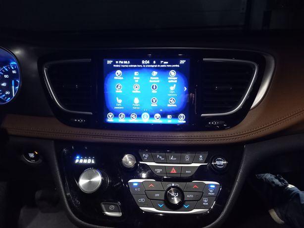 Chevrolet Pacifica Jeep konwersja eu przeróbka nawigacja lamp uconnect