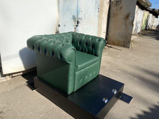 Продам кресло честер .Педикюрное кресло.Кресло для фотостудии