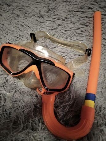 Шапочка и очки для плаванья