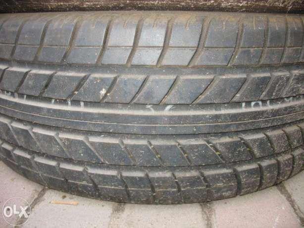 Продам шину 215/45/R17 Kumho Ecsta на запаску 1 шт.