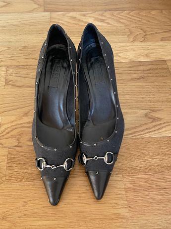 Sapatos preto Gucci