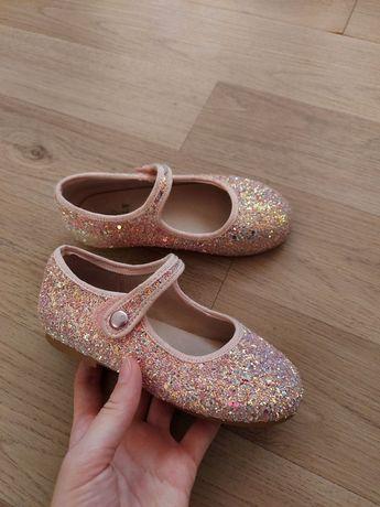 Туфли  блестящие   livly , люксовый бренд  26р