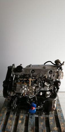 Motor Volvo V 40 1.9 DI Ref: D4192T2 / 2002