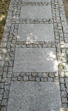 Płyty granit granitowe szare 40x60x3 chodnik PŁOMIENIOWANE