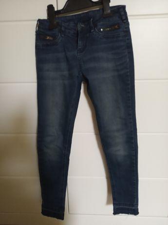 Spodnie jeansowe wąskie