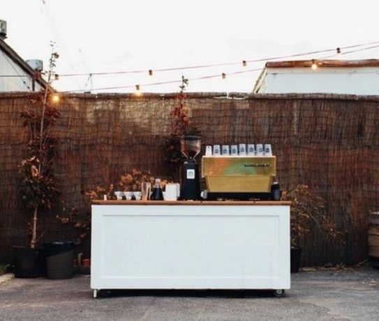 Mobilny Bar kawowy z obsługą