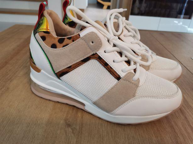 Buty damskie biało beżowe