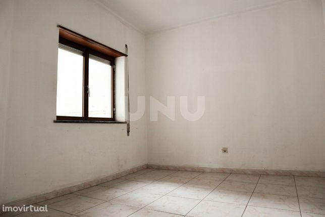 Apartamento T1 para Venda em Alcains