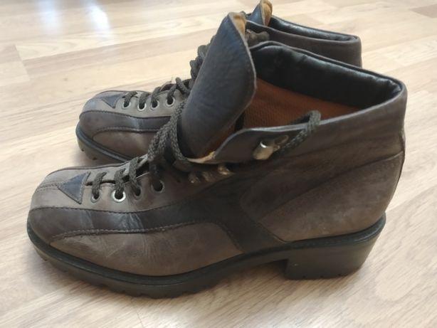 Ботинки трекинговые Poliflex 39размер