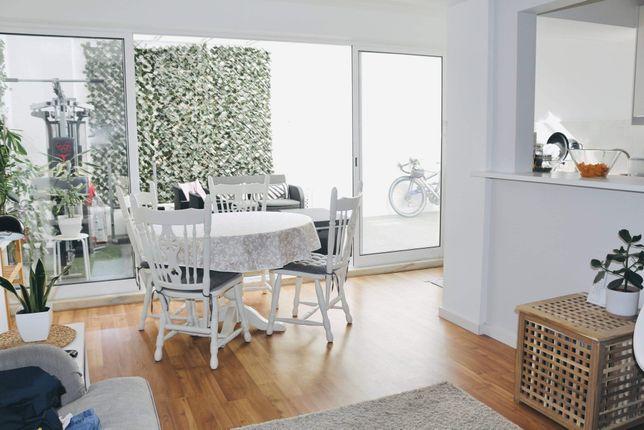 Oportunidade - apartamento T1 com boas áreas e com pátio