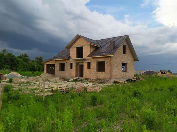 Новозбудований окремостоячий будинок