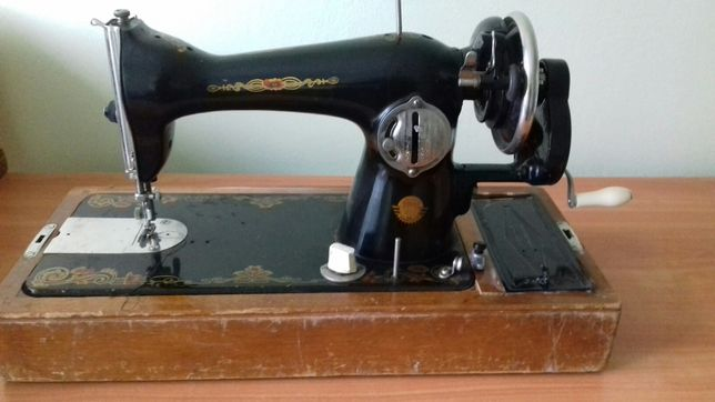 Швейна машина Подолка